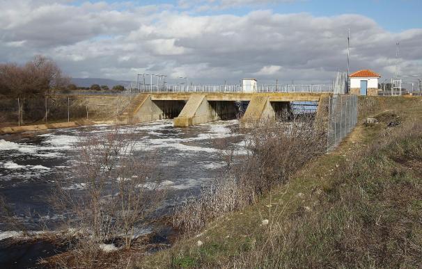 La erosión del agua provoca grandes hundimientos de terreno en entorno de Daimiel