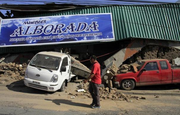 Aumenta a 300 la cifra de fallecidos por el terremoto de Chile