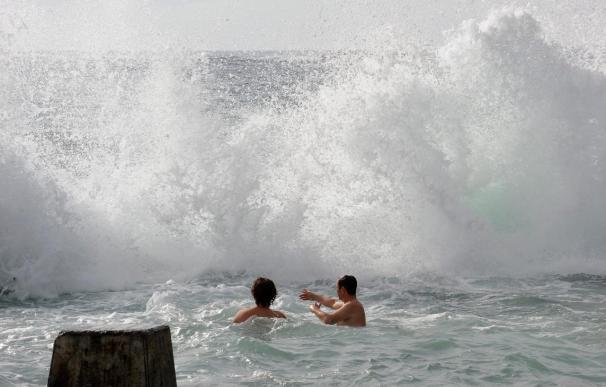 Nueva Zelanda y países del Pacífico sur rebajan la alerta de tsunami