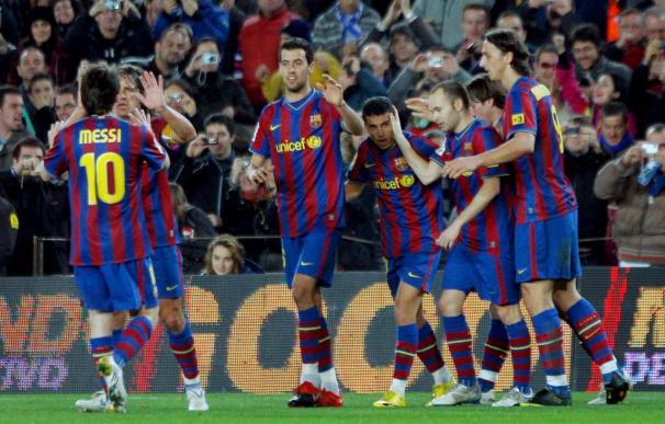 2-1. Pedro y Messi acuden al rescate del Barça ante el Málaga