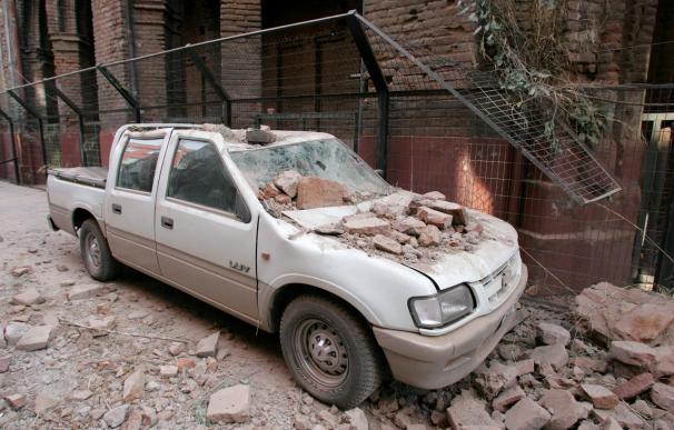 El número de muertos por el terremoto en Chile supera ya los 300