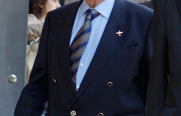 El general Navarro no entrará en prisión por el Yak-42 al padecer una enfermedad incurable