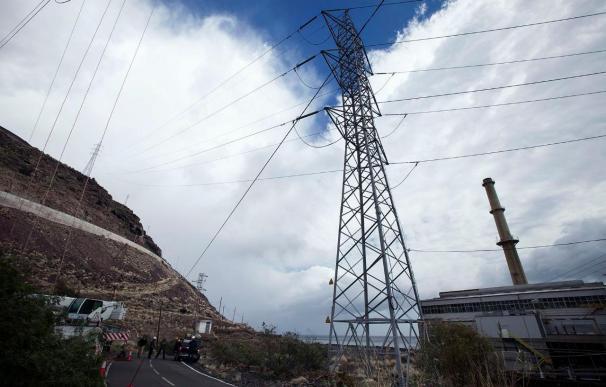 El fallo en una subestación de Endesa provoca un nuevo apagón en la isla de Tenerife
