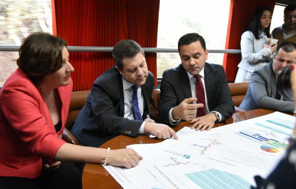 Page exige a Rajoy que dote presupuestariamente la modernización del tren de mercancías a su paso por C-LM