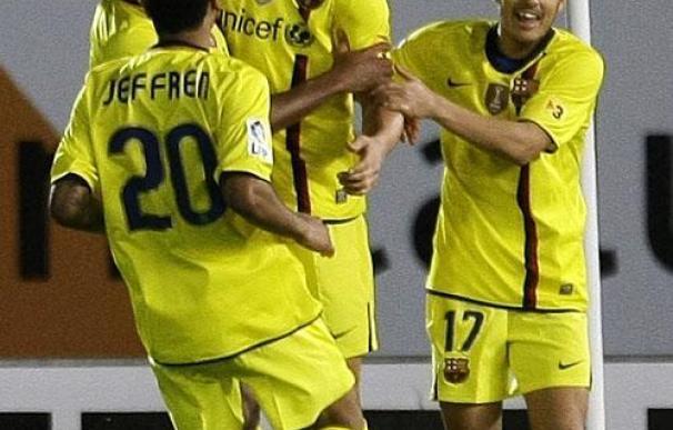 Ibrahimovic pone líder al Barcelona