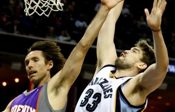 132-96. Barbosa y Stoudemire dirigen la victoria de los Suns sobre los Knicks