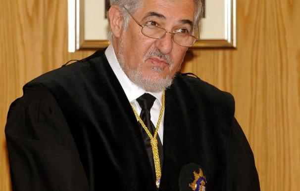 Conde Pumpido aboga por la tecnología y la especialización para modernizar la Fiscalía