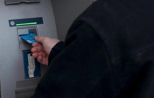 La crisis recortó el 25,7 por ciento el crédito al consumo en 2009