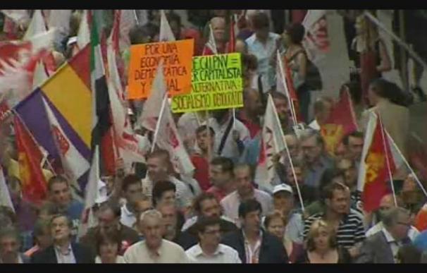 IU: una alternativa a la política de recortes sociales de Zapatero