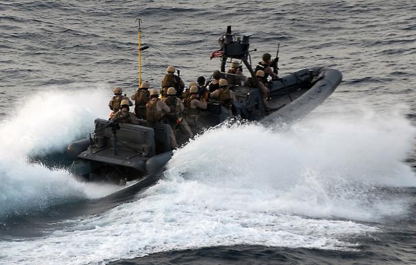 La comunidad internacional ingresa cada año unos 1.000 millones de euros para frenar a los piratas de Somalia.