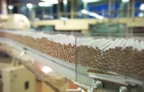 Las ventas de cigarrillos crecen un 15% tras la guerra de precio de las tabaqueras