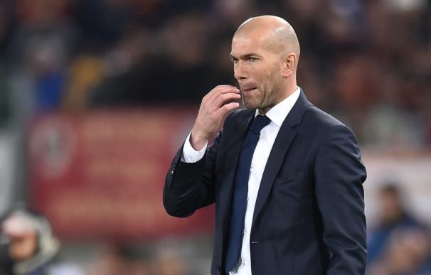 Real Madrid's French coach Zinedine Zidane looks o