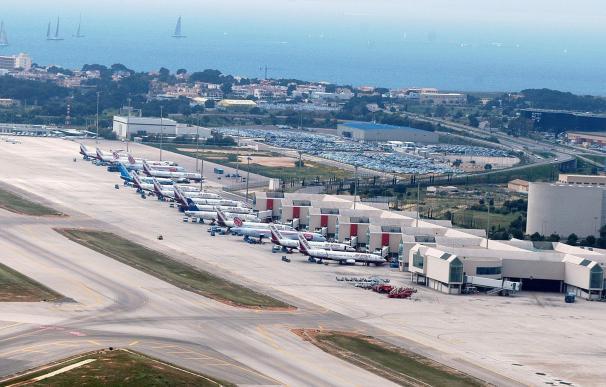 La huelga de controladores aéreos franceses no provoca la cancelación de ningún vuelo con Baleares por el momento