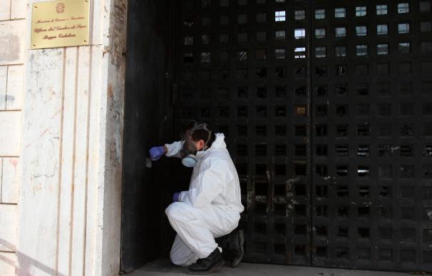 Una bomba de la mafia estalla ante la casa del fiscal de Reggio Calabria