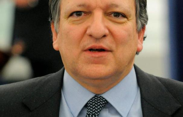 Barroso presiona a líderes de UE para que tomen ya una decisión sobre Grecia