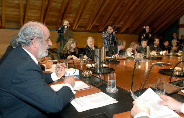 El presidente de Caja España se reunirá con los grupos de la Asamblea General
