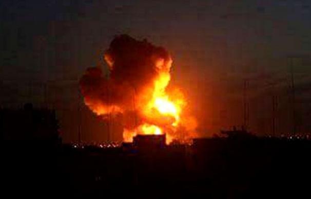 Explosiones, tiroteo y asalto a un hotel en la capital de Somalia
