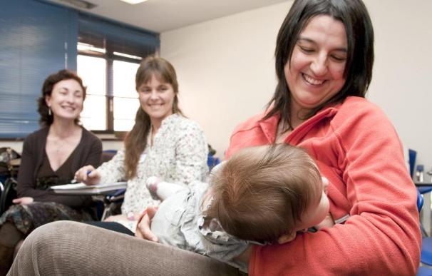Sanidad y Asuntos Sociales promoverá la lactancia materna con más formación para el personal sanitario