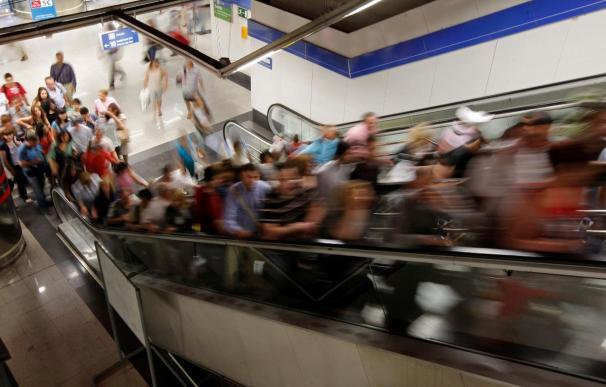 Tranquilidad y disparidad en las cifras en el primer día de paro en el Metro