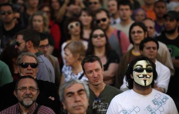 Anonymous niega en un vídeo que se haya detenido a su cúpula