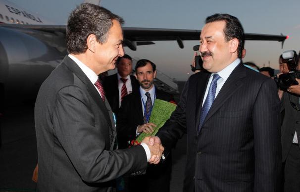 Zapatero dice que, a pesar de las dificultades económicas generadas por la situación griega, España no está en riesgo