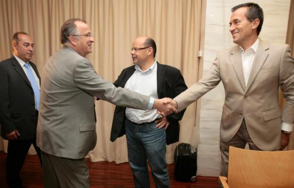 CC y PSC llegan a un acuerdo para gobernar en Canarias los próximos cuatro años