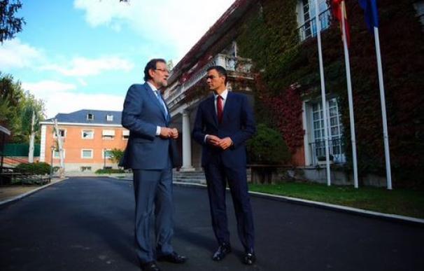 Rajoy y Sánchez, este miércoles, en La Moncloa.