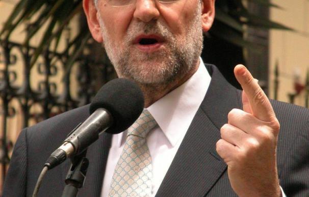 """Rajoy dice que no estará en """"ninguna foto"""" para firmar el pacto anticrisis"""