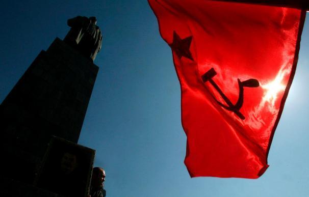 Retiran la estatua de Stalin del centro de su ciudad natal, Gori