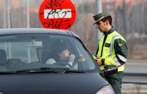 Un 42 por ciento de los conductores fallecidos dieron positivo por alcohol o drogas