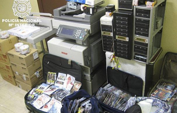 Decomisados 65.000 discos falsificados en una operación con 14 detenidos