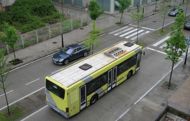 Los usuarios de transporte urbano por autobús crecen en mayo un 2,9% en Galicia, con 5,4 millones de viajeros