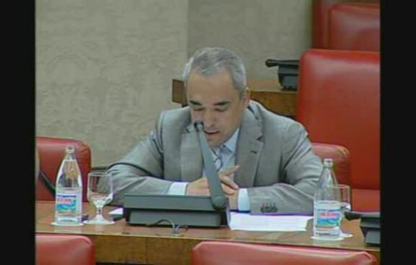 Simancas dice que Blanco explicará el jueves en el Congreso los recortes en infraestructuras