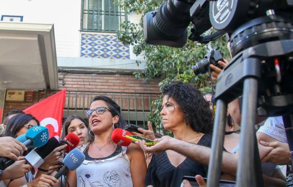 """Teresa Rodríguez ve """"legítimo"""" el 1-O y rechaza """"usar la bandera andaluza para tirar piedras contra Cataluña"""""""