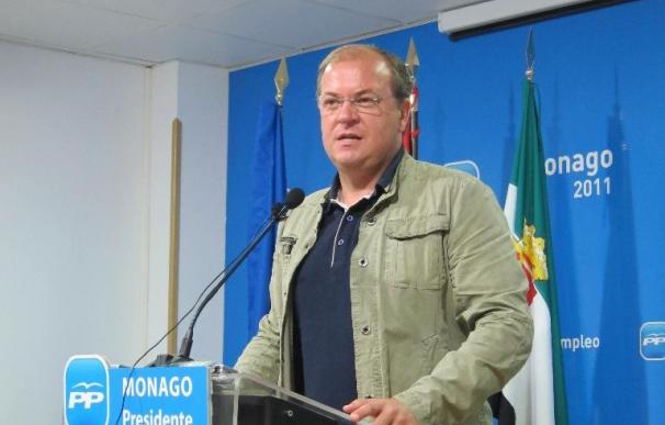 """Monago resalta la """"sintonía"""" entre los documentos del PP y de IU y está """"dispuesto"""" a hablar de impuestos"""
