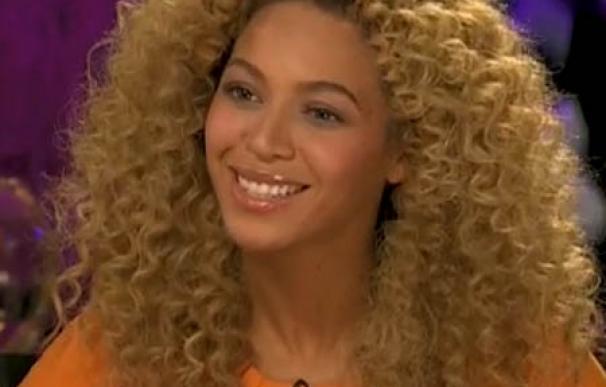 Beyoncé destaca la labor de su madre