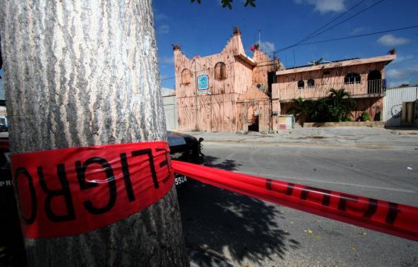 Ocho muertos en un ataque con cócteles molotov contra un bar de alterne en Cancún