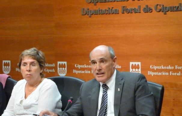 """Gobierno vasco dice que va a """"desobedecer"""" los recortes en Sanidad y seguirá atendiendo a los inmigrantes"""