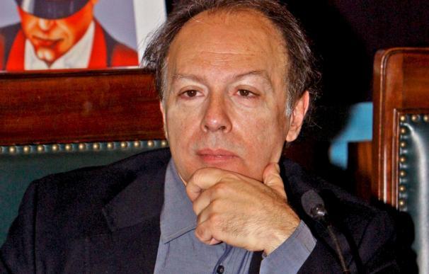 """Javier Marías cree que """"en España hay un afán prohibicionista generalizado"""""""