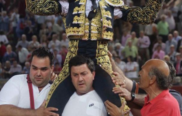 """Moreno abre la puerta de Los Califas, y """"Finito"""" de vacío"""
