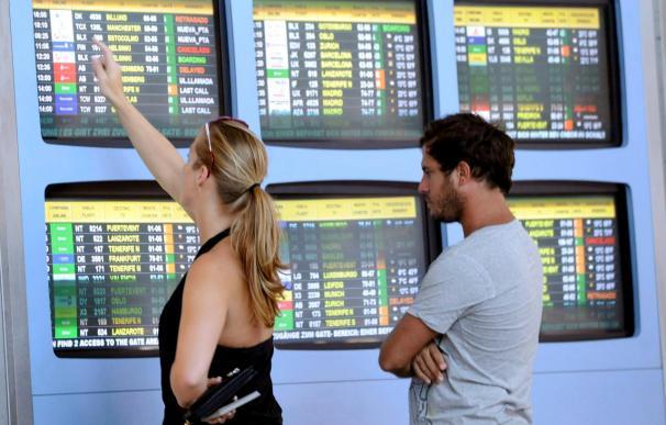 El turismo mundial pierde hasta ahora 5.000 millones de dólares por el volcán