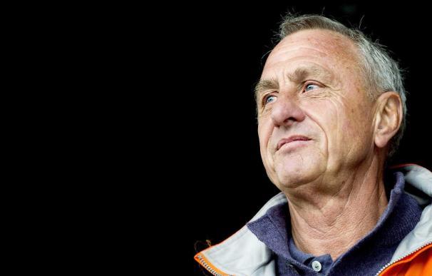 Johan Cruyff defiende a Messi y critica la falta de coherencia en el Barca