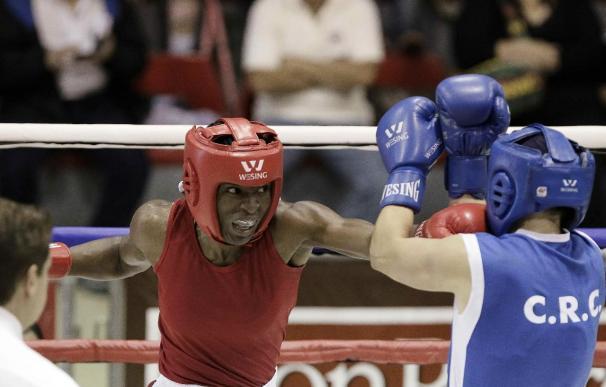 La púgil aficionada Atheyna Bylon salvó el rostro del boxeo panameño en 2014