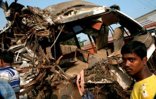 Al menos 26 personas mueren en un accidente de autobús en el norte de la India