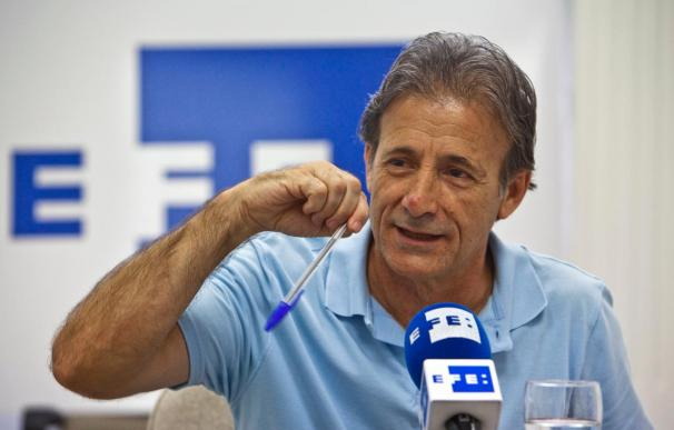 """El coordinador general de IU en Extremadura critica que el PSOE desentierre el """"hacha de guerra"""""""