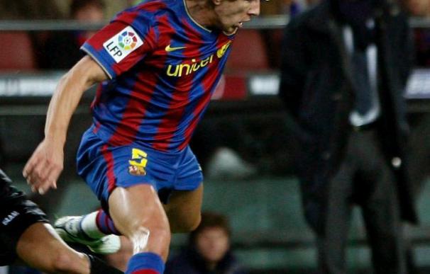 El defensa del Barcelona Puyol sigue sin entrenarse, aunque podrá jugar ante el Stuttgart