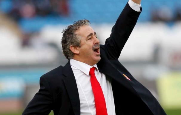 El entrenador del Sporting, pendiente de la evolución de los lesionados Lora y Sastre