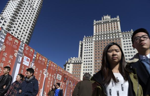Ciudadanos chinos, en la Puerta del Sol de Madrid
