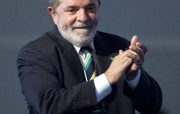 Lula es recibido por Peres en el primer acto de su agenda oficial en Israel