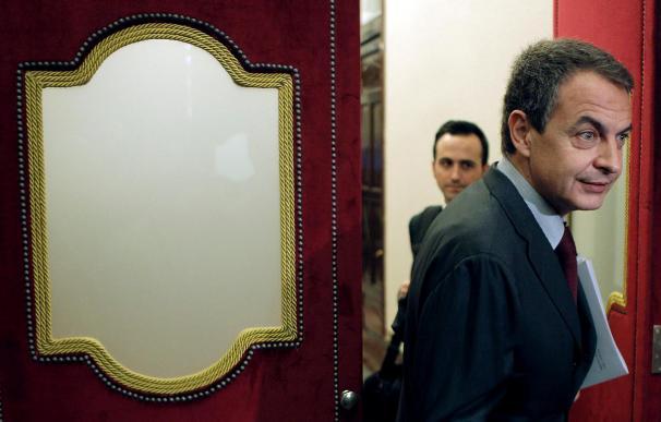 Zapatero anuncia que la subida impositiva a las rentas altas será pronto y no afectará al 99,9 por ciento